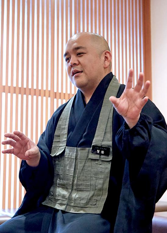 副住職 角田賢隆